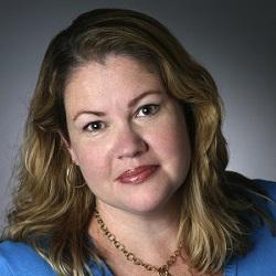 Lindsey McNair headshot