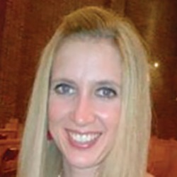 Paula Smailes headshot